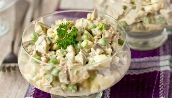 Простой и вкусный салат из свиного языка