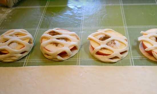 Пирожки с яблоками испечённые в духовке — рецепты вкусной сдобы