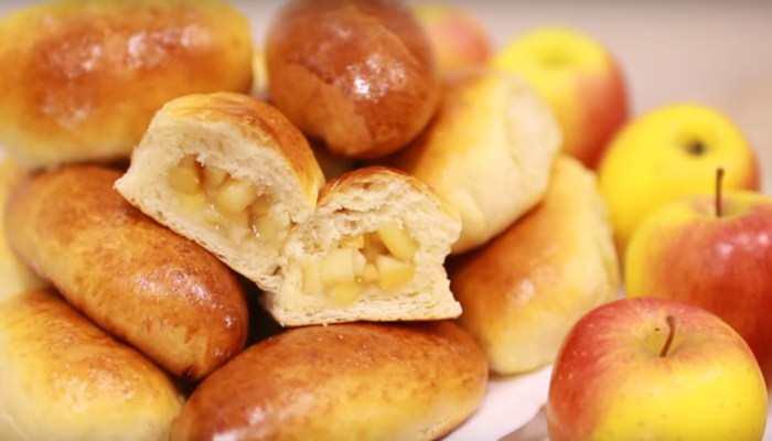 Пирожки с яблоками на сухих дрожжах