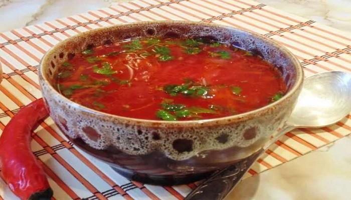 Как приготовить борщ с квашеной капустой со свининой и томатной пастой