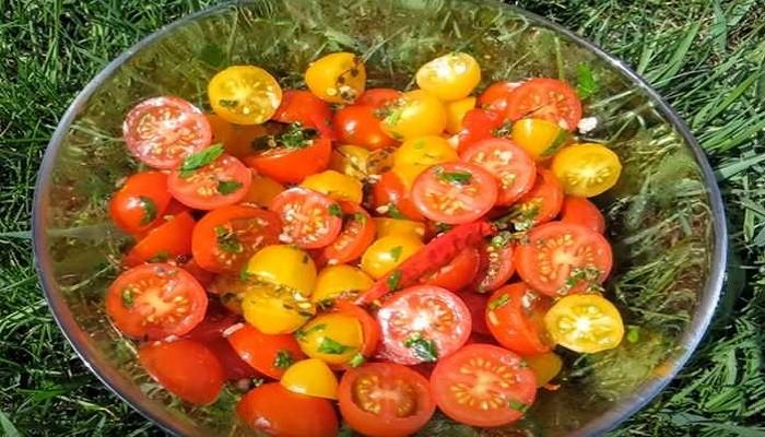 Малосольные помидоры черри за час