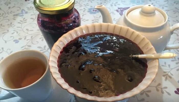 Варенье «Пятиминутка» из черной смородины
