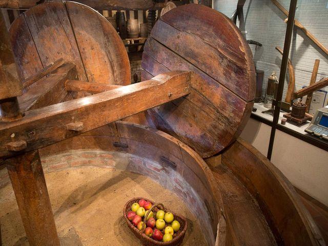 деревянная соковыжималка для яблок