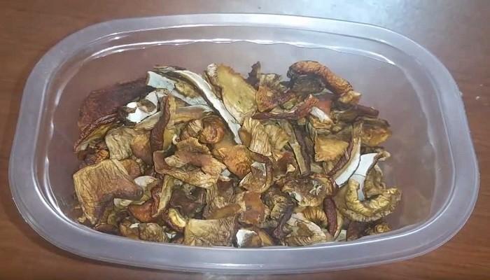 Сушим грибы на зиму