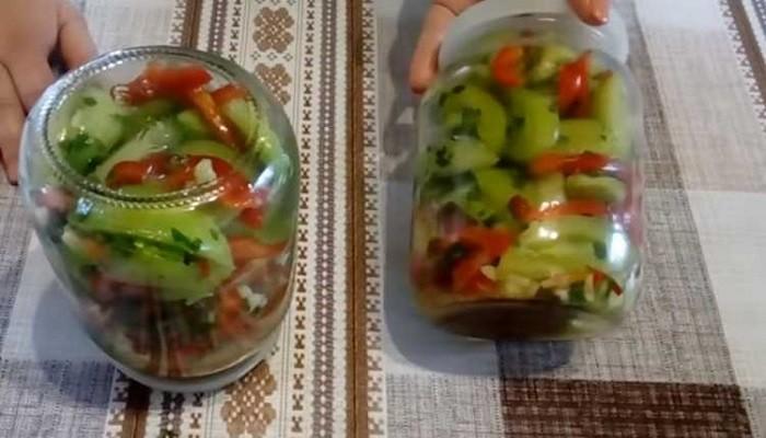 Салат из зеленых томатов без стерилизации и варки