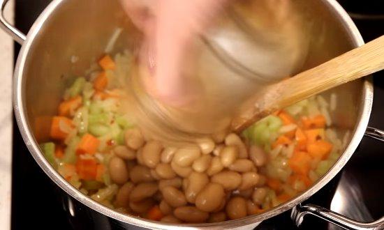 Добавляем фасоль