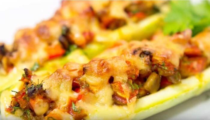 Постный рецепт кабачков, фаршированных овощами