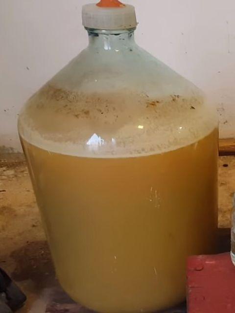 бутыль с суслом