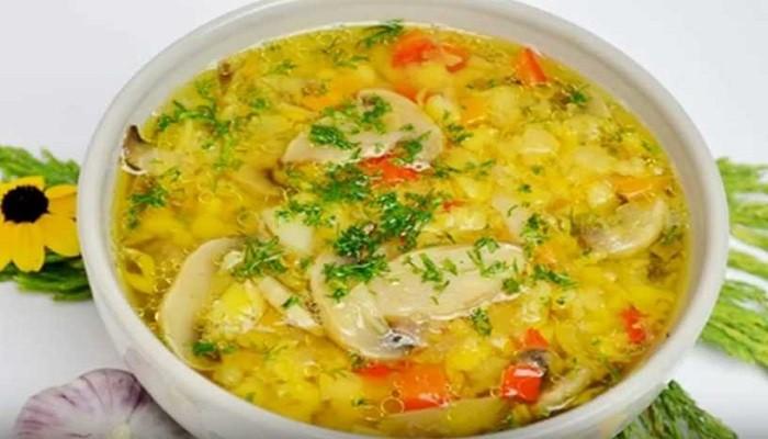 Гороховый суп с грибами и курицей
