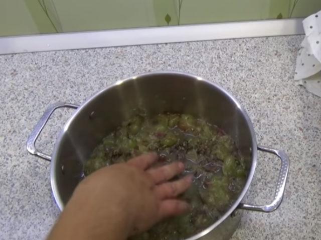 давленный виноград