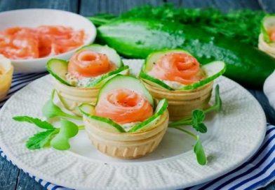 Закуска в тарталетках с красной рыбой — самые вкусные рецепты на праздничный стол