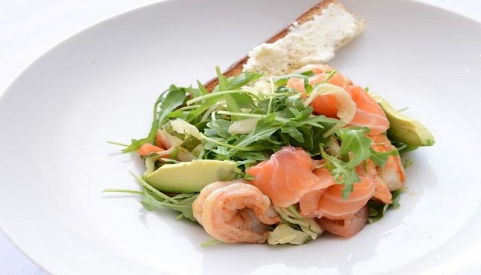 Рецепты салатов с красной рыбой