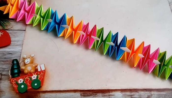 гирлянда из бумаги в стиле оригами
