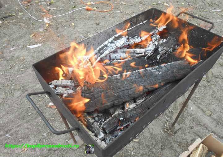 разжигаем мангал