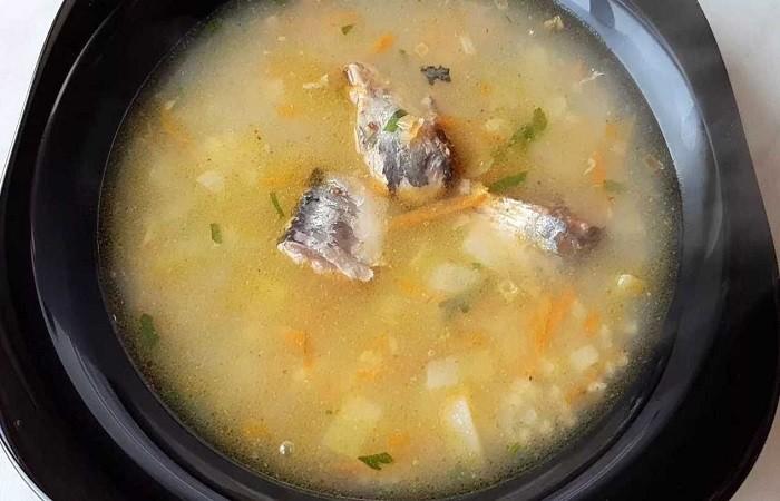 суп с сайрой, пшеном и картошкой