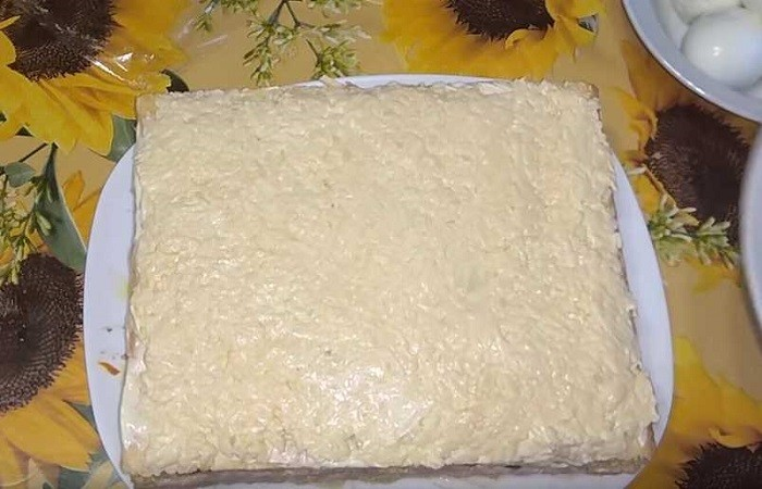 слой сыра с чесноком