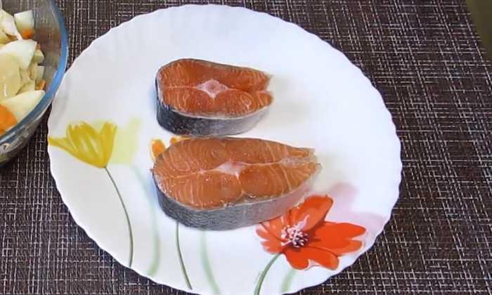 стейки рыбы