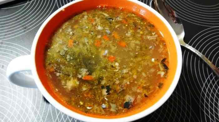 Рыбный суп с консервированной сайрой
