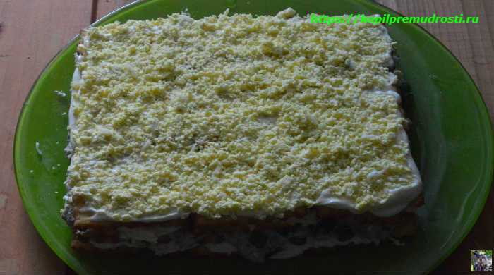 Торт салат с крекерами