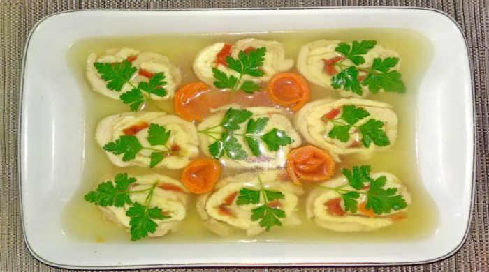 Рецепты заливного из курицы, как приготовить дома просто и вкусно на праздничный стол
