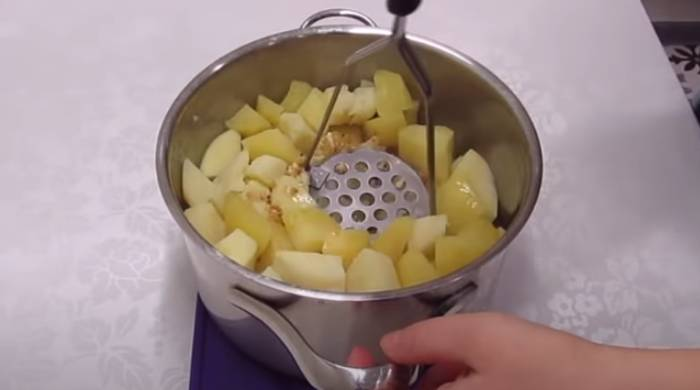 толчём картошку